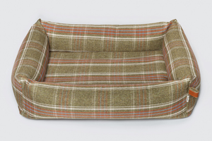 DOG BED SLEEPY PLAID GREEN - Lavish Tails