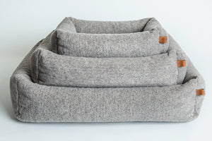 DOG BED SLEEPY DELUXE TEDDY - Lavish Tails