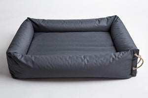 DOG BED SLEEPY CLASSIC WATERPROOF - Lavish Tails