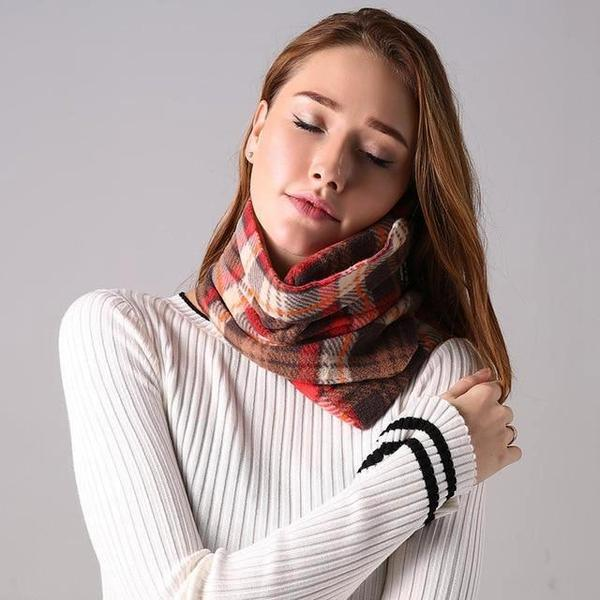 Comfortable Scarf Neck Travel Pillow Brown