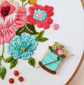 Floral Sewing Spool Needle Minder