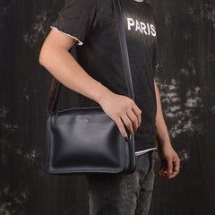 Vintage Leather Mens Messenger Bag Shoulder Bag For Men