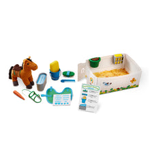 Load image into Gallery viewer, FEED AND GROOM PLAYSET HORSE CARE PLAY SET