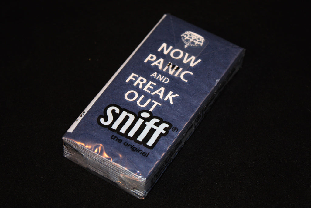 "Sniff Designer Tissue ""NOW PANIC and FREAK OUT"" Blue"