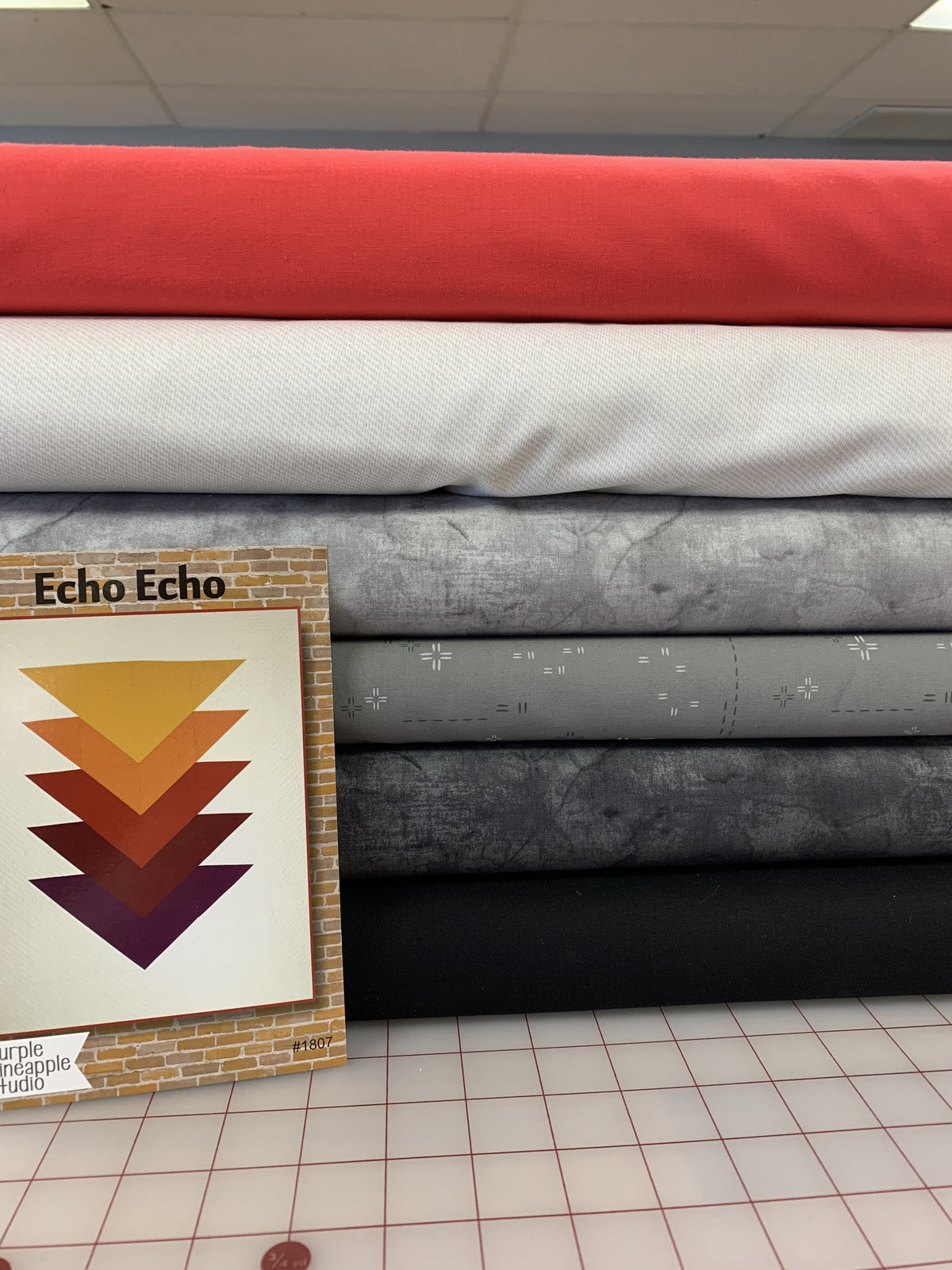 Echo Kit [Greys & Red]