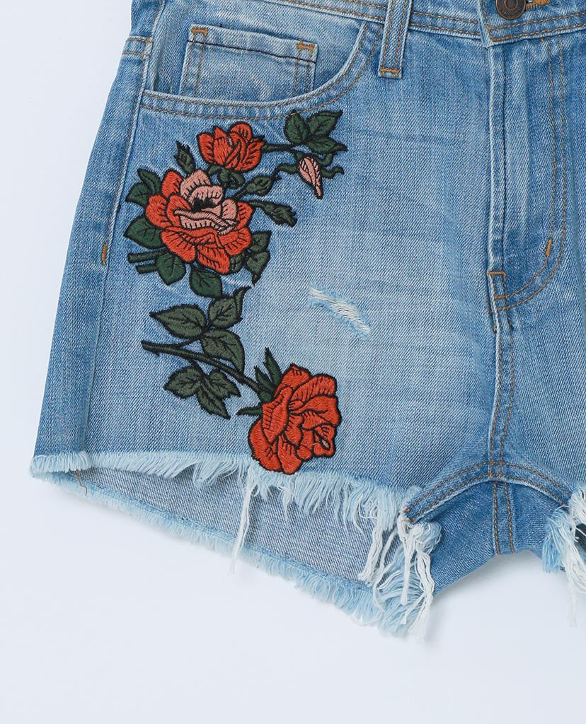 9b09e1b938 Cover By Denim Shorts With Raw Hem - Floral Embroidery - Piin | ShopPiin.com