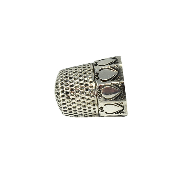Antique Sterling Silver Thimble Webster Co Paneled Scrolled Hearts - Premier Estate Gallery  2