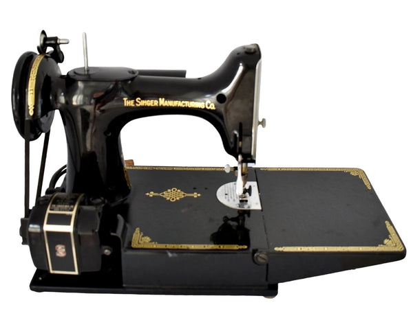 Singer Featherweight 221 with Accessories Excellent Working Condition - Premier Estate Gallery 2