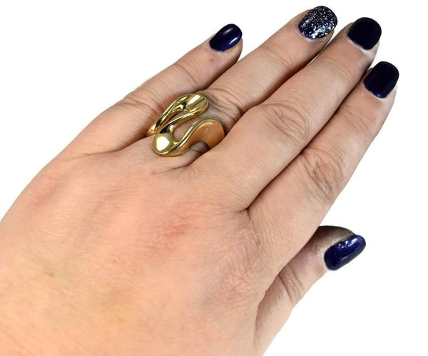 Vintage 14k Ribbon Wave Ring 5.7g of Highly Polished Gold