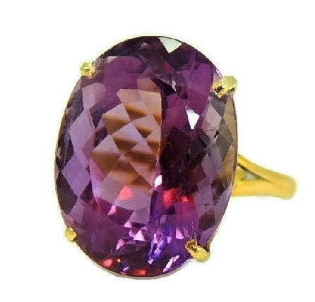 Huge Amethsyt Ring 14k Gold 14 Carats of Purple Gemstone Vintage