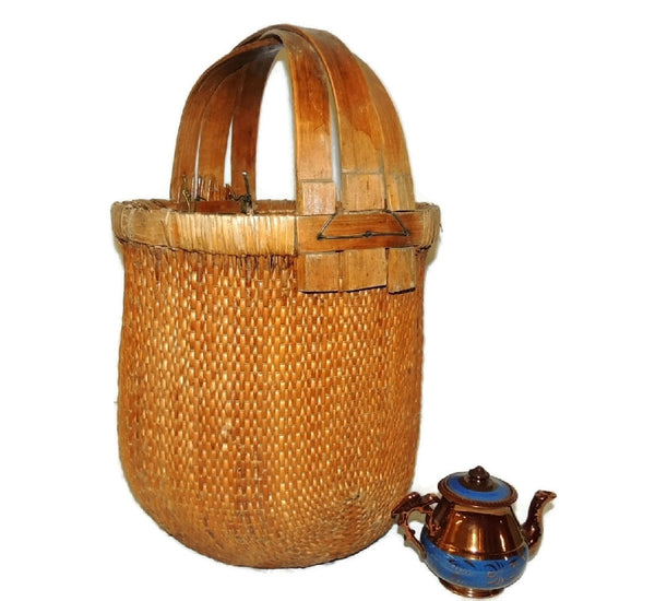 Bentwood Handle Bamboo Basket Large Vintage Country Decor - Premier Estate Gallery  - 3