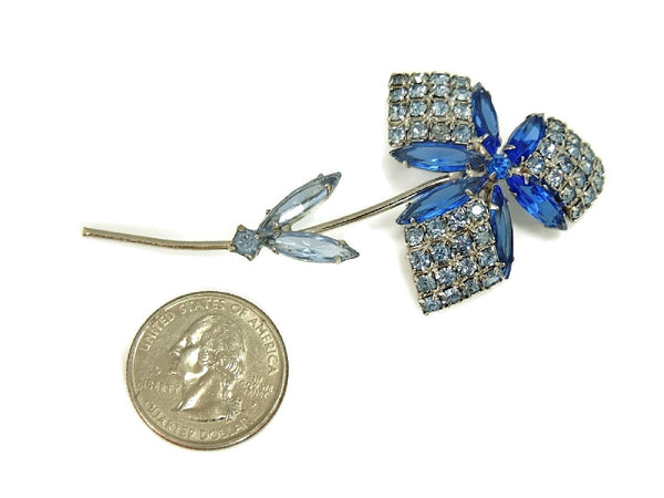 1960s Rhinestone Flower Brooch Dazzling Shades of Blue - Premier Estate Gallery  - 3