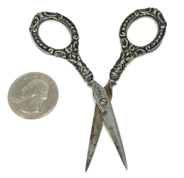 Antique Embroidery Sterling Scissors - Premier Estate Gallery
