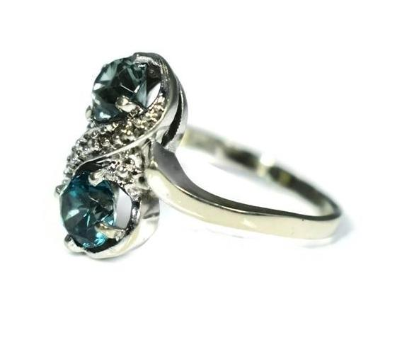 14k White Gold London Blue Topaz Ring Two Stone Ring c1950 - Premier Estate Gallery 3