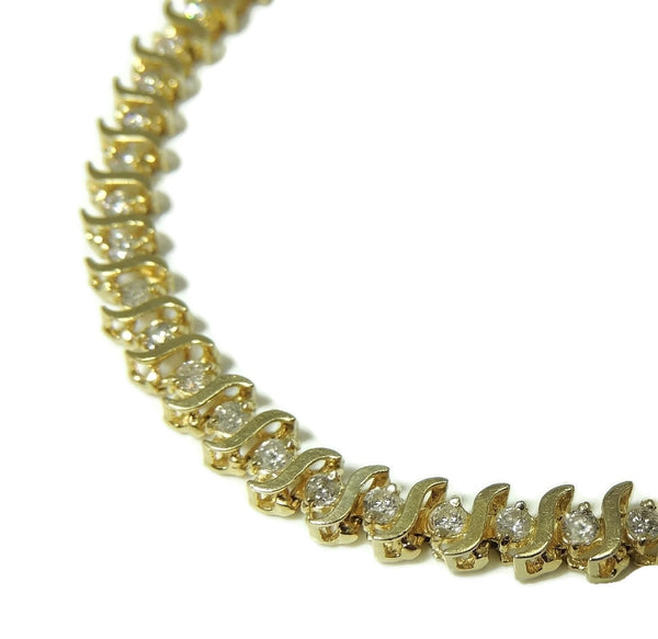 14k Diamond Tennis Bracelet 4 ctw Contemporary Vintage Estate Jewelry - Premier Estate Gallery  - 4