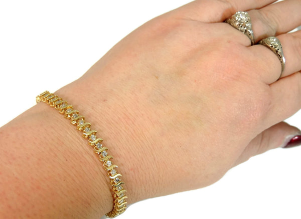 14k Diamond Tennis Bracelet 4 ctw Contemporary Vintage Estate Jewelry - Premier Estate Gallery  - 3