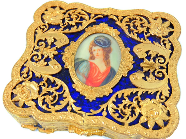 1940s Victorian Revival Compact Ornate Gold Leaf Scroll Work - Premier Estate Gallery  - 2