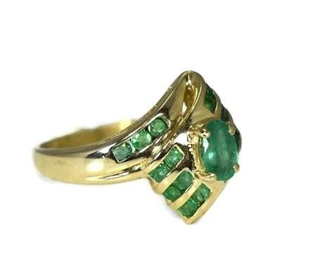 Estate 14k Gold Emerald Ring