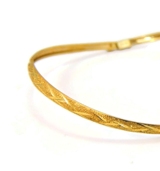 Flexible Hinged Bangle Bracelet 10k Gold Etched Design Vintage - Premier Estate Gallery  - 5