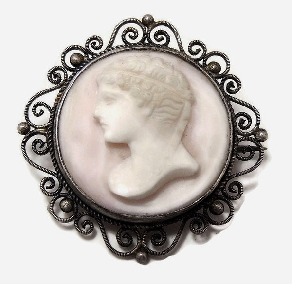 Victorian Cameo Brooch Pink Conch Late Victorian Cameo - Premier Estate Gallery  - 1