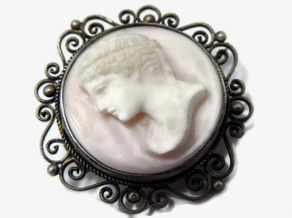 Victorian Cameo Brooch Pink Conch Late Victorian Cameo - Premier Estate Gallery  - 2