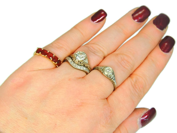 14k Garnet 5 Stone Ring Yellow Gold Garnet Band Vintage - Premier Estate Gallery  - 4
