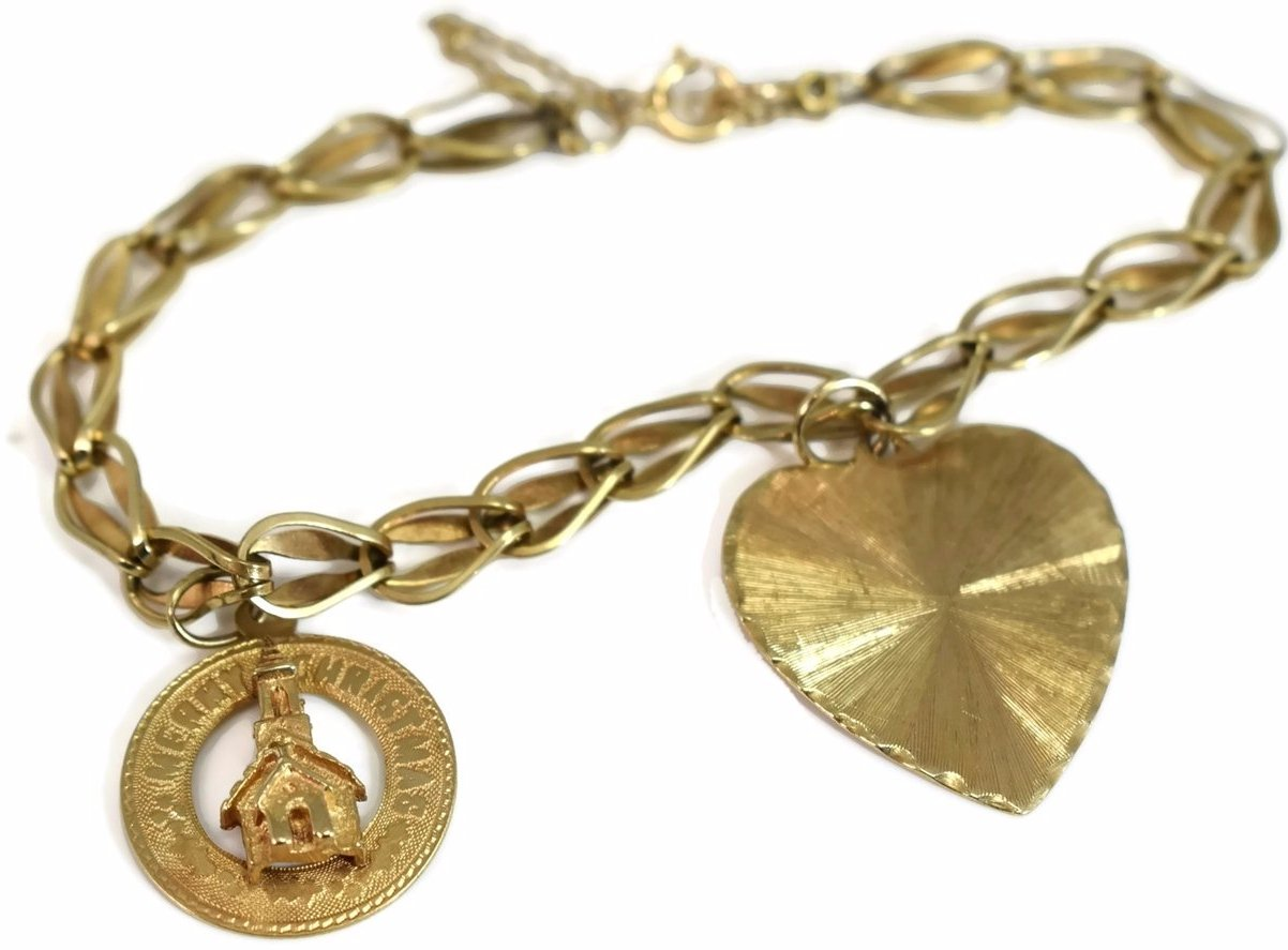 14k Gold Vintage Charm Bracelet With Heart And Christmas