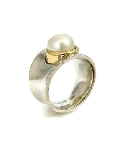 Italian Cultured Pearl Ring Sterling Silver 18k Gold Wide Band - Premier Estate Gallery  - 1