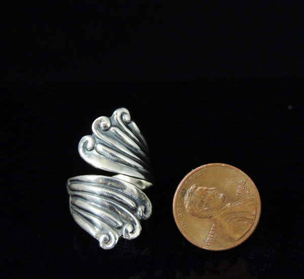 Vintage Silver Swirl Wrapped RING TAXCO Signed - Premier Estate Gallery  - 2