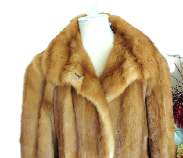 Estate Fendi Mink Fur Coat Luxurious Designer Fur Vintage - Premier Estate Gallery  - 3