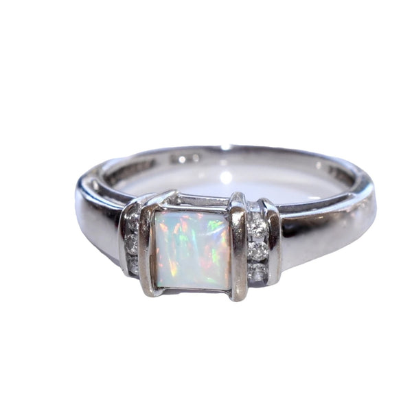 Estate 14k White Gold Opal Diamond Ring Stunning Play of Color