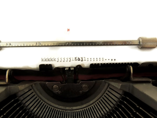 "1969 Olivetti  Red ""Valentine"" Portable Typewriter Italian Design Vintage - Premier Estate Gallery  - 7"