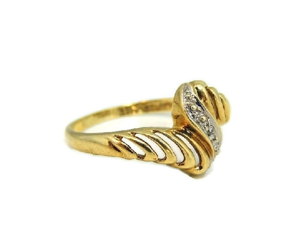 Vintage 10k Gold Ring Open Work Design with Diamond Accent - Premier Estate Gallery  - 2