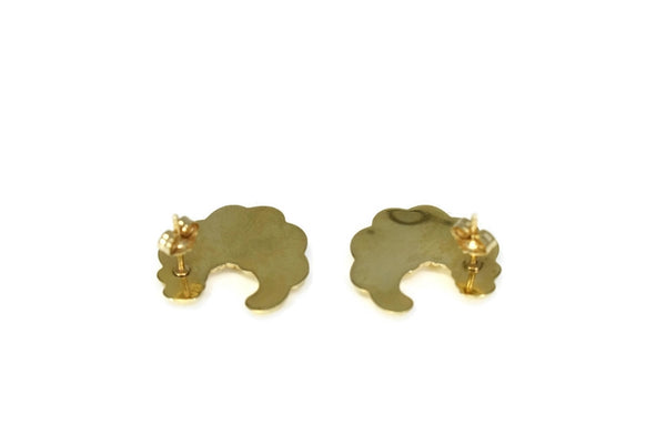 14k Gold Shell Shape Stud Earrings Classic Style