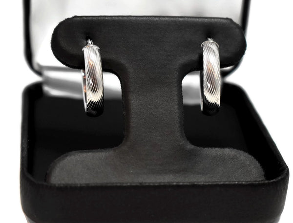 14k White Gold Hoop Earrings .75 Inch Perfect Size Hoops for Everyday Wear - Premier Estate Gallery 3