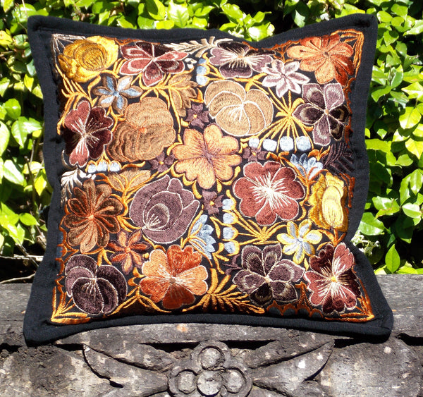 Flores Black Pillowcase PCF102