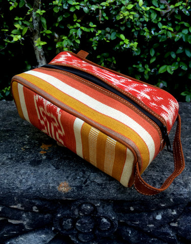 Mustard, Red and Cream kat Dopp Kit DK03