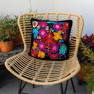Flores Colorful Black Floral Pillowcase - PCF103