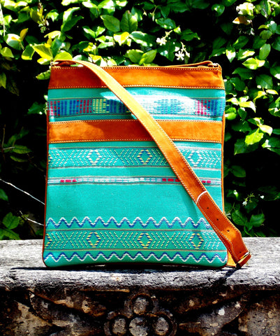 San Marcos Stripe Messenger Bag MBS53