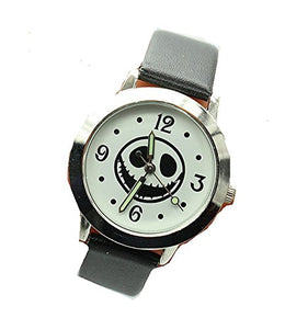 Halloween, Jack Skellington's Face on a Mens or Womens Round Silver Watch w / Black Leather Bands