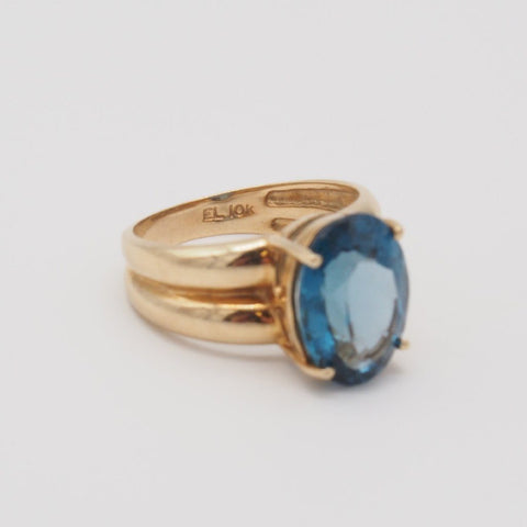 10K Luxurious London Blue Topaz Ring
