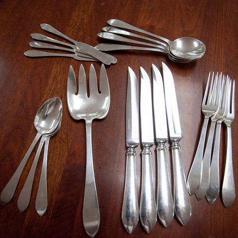 c. 1910 Tiffany & Co Sterling Silver 20 Pieces of Faneuil Flatware