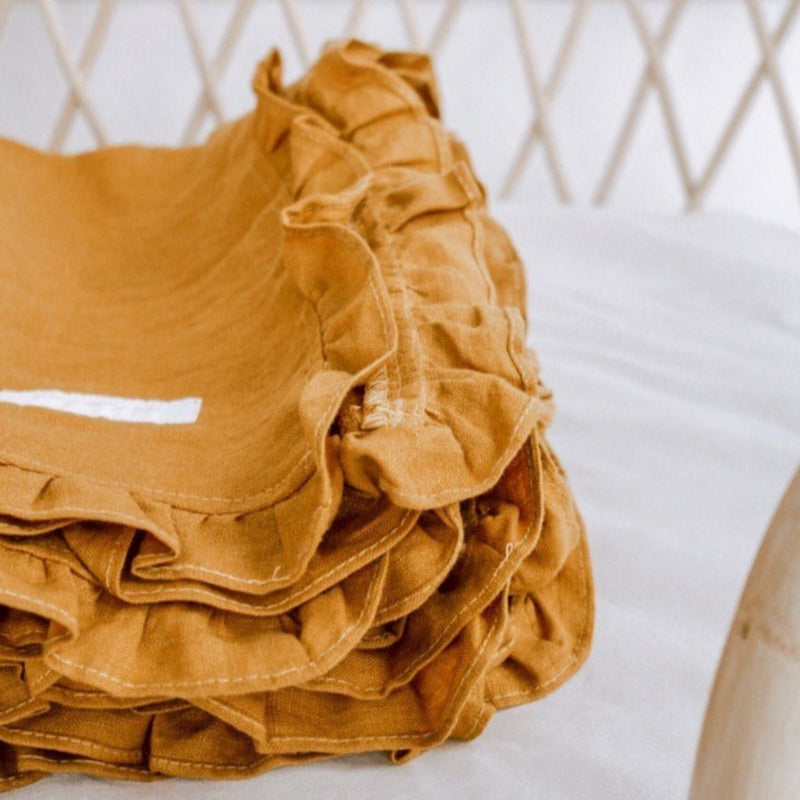 Linen Ruffles Throw