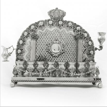 Menorah With Back Pillars And Crowns