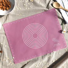 Load image into Gallery viewer, Reusable Non-Stick Baking Mat - 2pcs