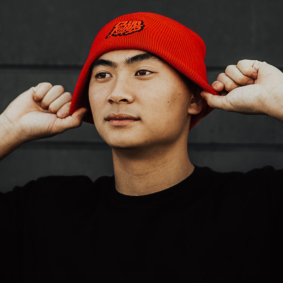 CUFFED KNIT BEANIE (Red)