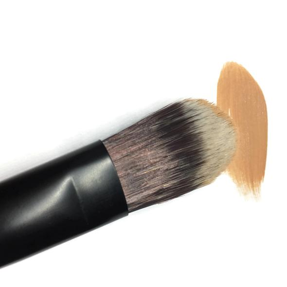 Bamboo Foundation Makeup Brush - Flawless