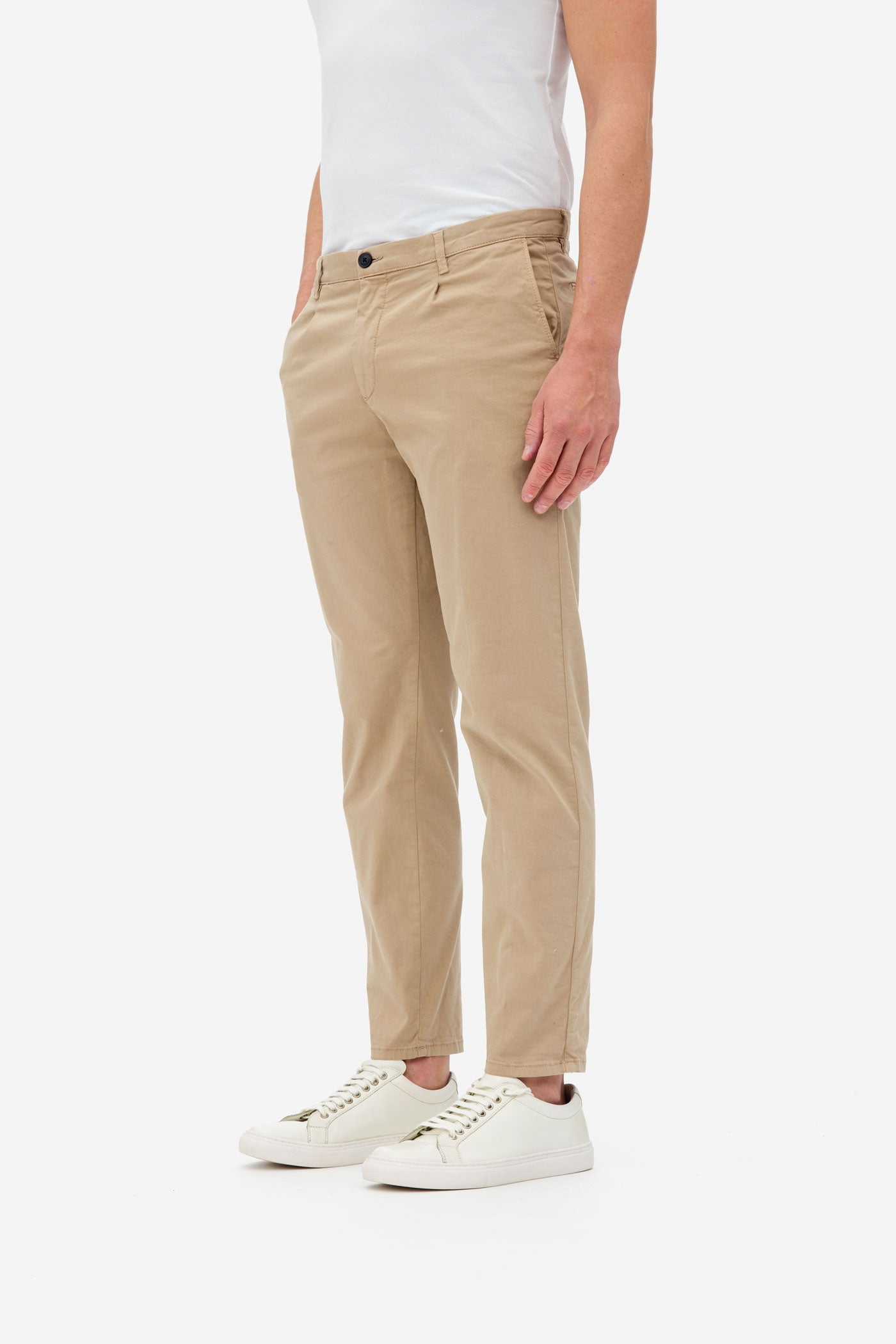 one pleat pants white pepper