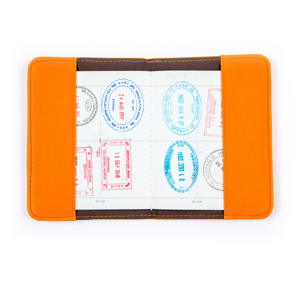 I'm Pawsitive: Passport Holder - Ellybean Designs India