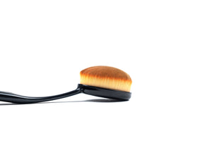 Pro Oval Make up Brushes - Large - ColourYourEyes.com